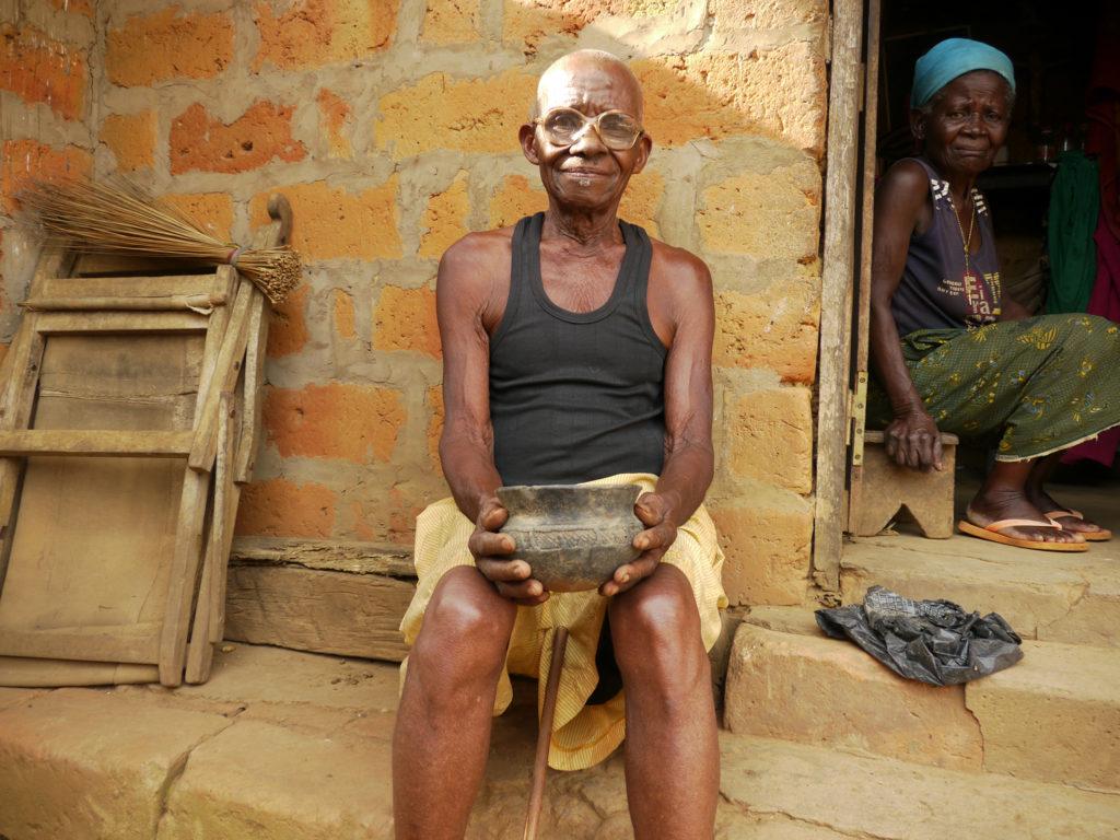 Ndongala Menakuntima, chef traditionnel du village de Nkula 2.